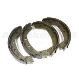Brake shoe set for hank brake freelander 2